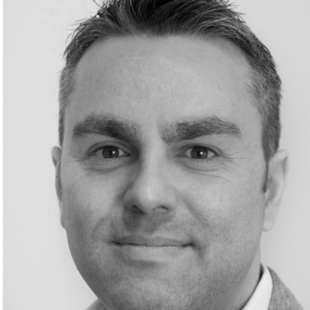 Martin Sibson<br/> Director, international health media